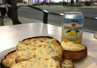 Cheese Garlic Bread at Niagara